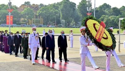Lãnh đạo Đảng, Nhà nước vào Lăng viếng Chủ tịch Hồ Chí Minh nhân kỷ niệm 75 năm Quốc khánh 2/9